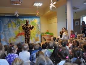 Przedstawienie teatralne – Świstaka tropy na Zachodzie Europy